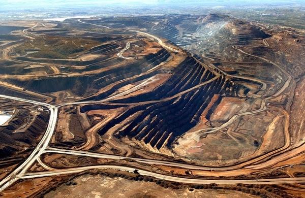australia largest iron ore mining site